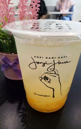 Foto 5 - Makanan(es madu yuzu) di Kopi Janji Jiwa oleh maysfood journal.blogspot.com Maygreen