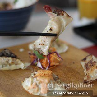 Foto 10 - Makanan di Gyoza Bar oleh Jakartarandomeats