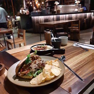 Foto 3 - Makanan di One Eighty Coffee and Music oleh Nadia Indo