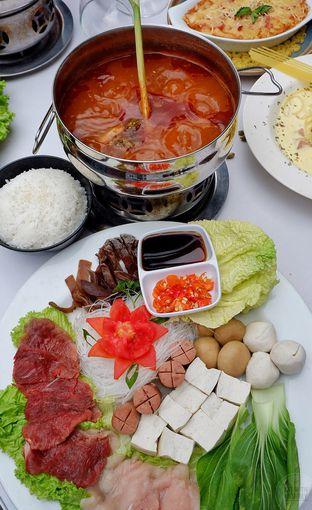 Foto 3 - Makanan di Maximo Resto & Garden - Puri Setiabudhi Residence Hotel oleh Mariane  Felicia