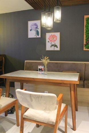 Foto 20 - Interior di Brouwen Coffee & Kitchen oleh Prido ZH