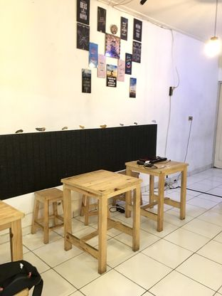 Foto review Legend Cafe & Resto oleh Prido ZH 4