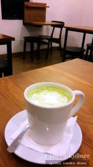 Foto 2 - Makanan(Hot Green Tea Latte) di Kami Ruang & Cafe oleh Diana Sandra