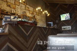 Foto 9 - Interior di Eiger Coffee oleh Gregorius Bayu Aji Wibisono
