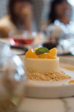 Foto 1 - Makanan di EIO Patisserie oleh @Sibungbung