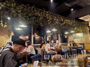 Foto 4 - Makanan(suasana smoking room) di The People's Cafe oleh Rensus Sitorus
