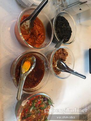 Foto 2 - Makanan(Free Sambal & Bawang Goreng) di Mamacai Deli oleh delavira