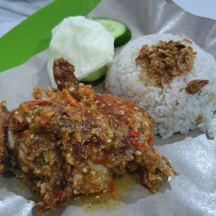Foto 3 - Makanan di Ayam Gepuk Pak Gembus oleh Adhy Musaad