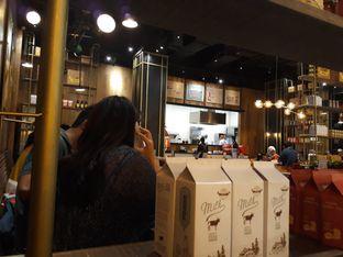 Foto 5 - Interior di Pancious oleh Maissy  (@cici.adek.kuliner)