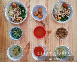 Foto 3 - Makanan di Bakmi Hoksen oleh Asiong Lie @makanajadah
