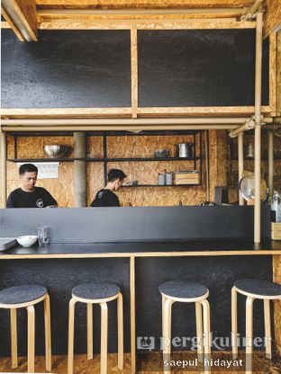 Foto 7 - Interior di Kedai BuruBuru Bakmi dan Kopi oleh Saepul Hidayat