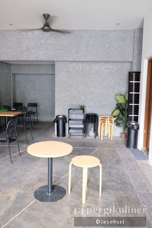 Foto 2 - Interior di Sunyi House of Coffee and Hope oleh Darsehsri Handayani