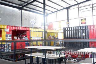 Foto 1 - Interior di Buns & More oleh Shanaz  Safira