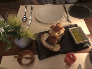 Foto 4 - Makanan(House bread) di Vong Kitchen oleh Patricia.sari