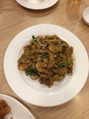 Foto 3 - Makanan(kwetiau goreng seafood singapore) di Kwetiaw Kerang Singapore oleh Elvira Sutanto