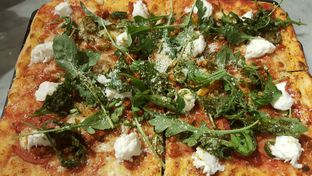 Foto review Pizza Marzano oleh Daniel  1