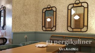 Foto 9 - Interior di Lurik Coffee & Kitchen oleh UrsAndNic