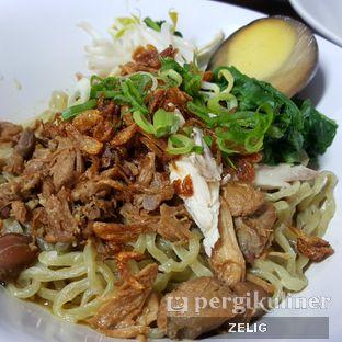 Foto 7 - Makanan di Mie Zhou oleh @teddyzelig