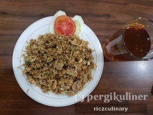 Foto 1 - Makanan(Nasi Goreng dan Teh Tawar) di Mie Ayam Gondangdia oleh Ricz Culinary