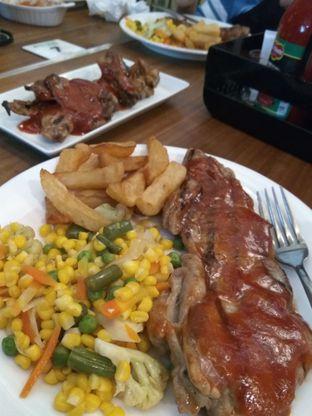 Foto 1 - Makanan di Abuba Steak oleh iqiu Rifqi