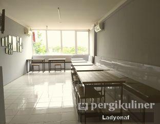 Foto 11 - Interior di Warung Laper oleh Ladyonaf @placetogoandeat
