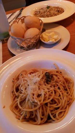 Foto 3 - Makanan di Expatriate Restaurant oleh Yunnita Lie