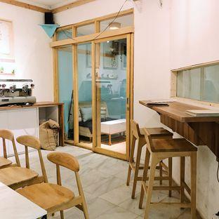 Foto 9 - Interior di Elmakko Coffee oleh Della Ayu