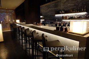 Foto 12 - Interior di Oku Japanese Restaurant - Hotel Indonesia Kempinski oleh Darsehsri Handayani