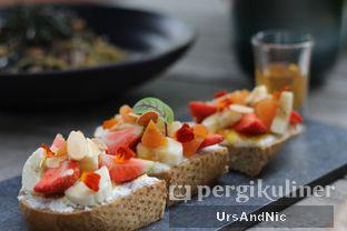 Foto 2 - Makanan di Blue Terrace - Ayana Midplaza Jakarta oleh UrsAndNic