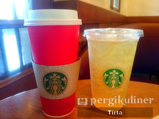 Foto 1 - Makanan di Starbucks Coffee oleh Tirta Lie