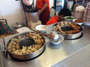 Foto 5 - Makanan(Station 1 (Kuah)) di Bakso Malang Subur by Toeman oleh Buncit Foodies