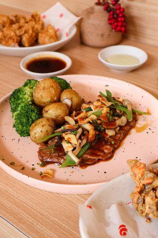 Foto 4 - Makanan di Fuku Japanese Kitchen & Cafe oleh thehandsofcuisine
