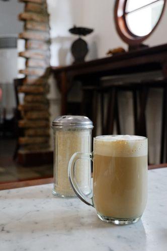 Foto Makanan di Bakoel Koffie