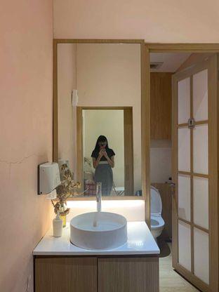 Foto 8 - Interior di Fuku Japanese Kitchen & Cafe oleh Alya Samadikun