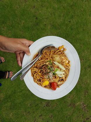 Foto 3 - Makanan di Soto Kudus Kedai Taman oleh Amrinayu