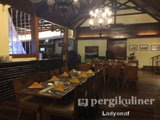 Foto 1 - Interior di Meranti Restaurant oleh Ladyonaf @placetogoandeat