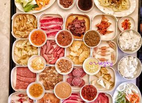 9 Buffet Surabaya Buat Kamu yang Ingin Makan Sepuasnya