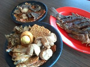 Foto 1 - Makanan di Warung Bu Kris oleh Review Dika & Opik (@go2dika)