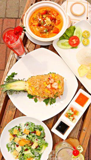Foto review Pandan Cafe oleh Meong Culinary 5