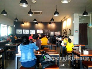 Foto 4 - Interior di Warunk UpNormal oleh Muthia US