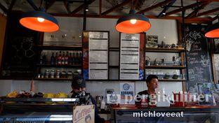 Foto 2 - Interior di Conversations Over Coffee (COC) oleh Mich Love Eat