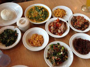Foto 9 - Makanan di Restoran Beautika Manado oleh awakmutukangmakan