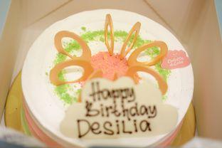 Foto 1 - Makanan(Es Teler Cake) di Colette & Lola oleh Chrisilya Thoeng