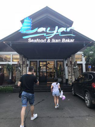 Foto 6 - Eksterior di Layar Seafood oleh Nanakoot
