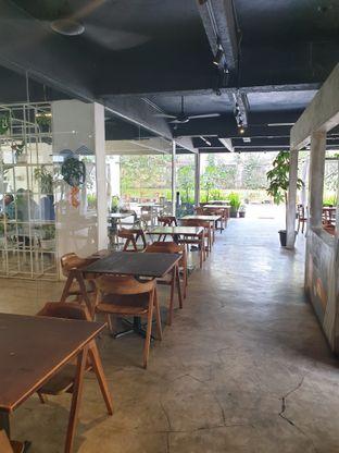Foto 6 - Interior di Paradigma Kafe oleh ig: @andriselly