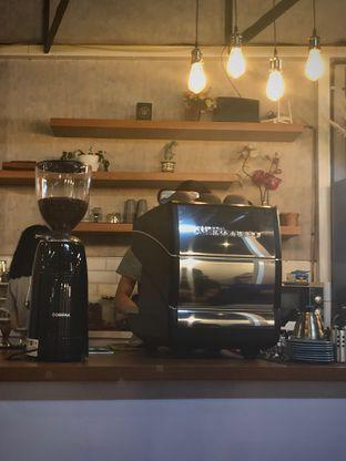 Foto 4 - Interior di Hailee Coffee oleh Fadhlur Rohman