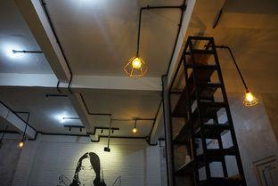Foto 8 - Interior di Nationalism Coffee Brewers oleh Prido ZH