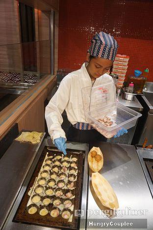 Foto 2 - Makanan di Gindaco oleh Hungry Couplee