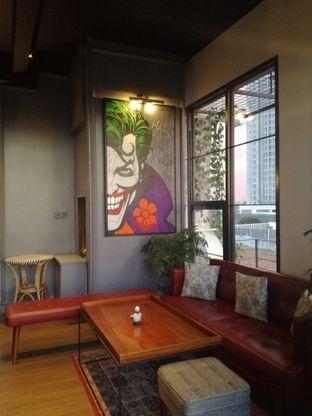 Foto 7 - Interior di Red Door Koffie House oleh Lili Alexandra