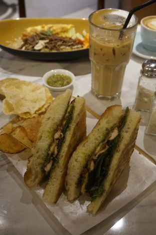Foto 20 - Makanan di The Goods Cafe oleh yudistira ishak abrar